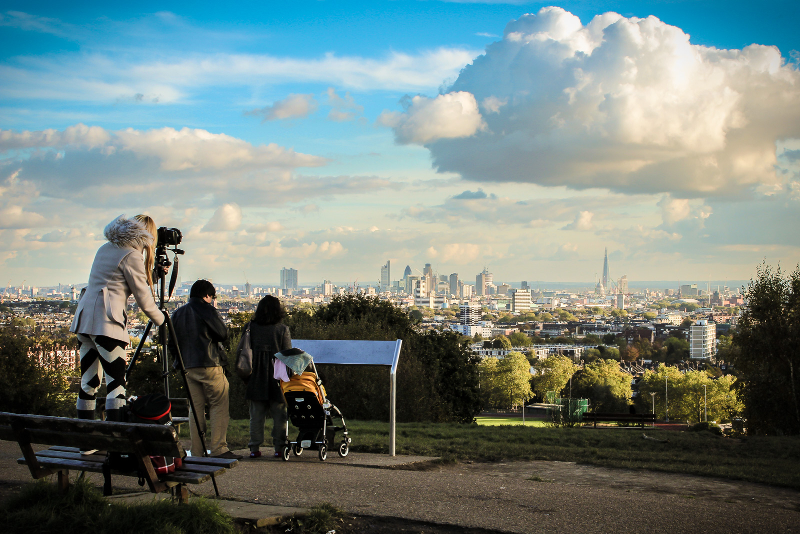 LONDON, Hampsteadt Heath an einem Sonntagnachmittag