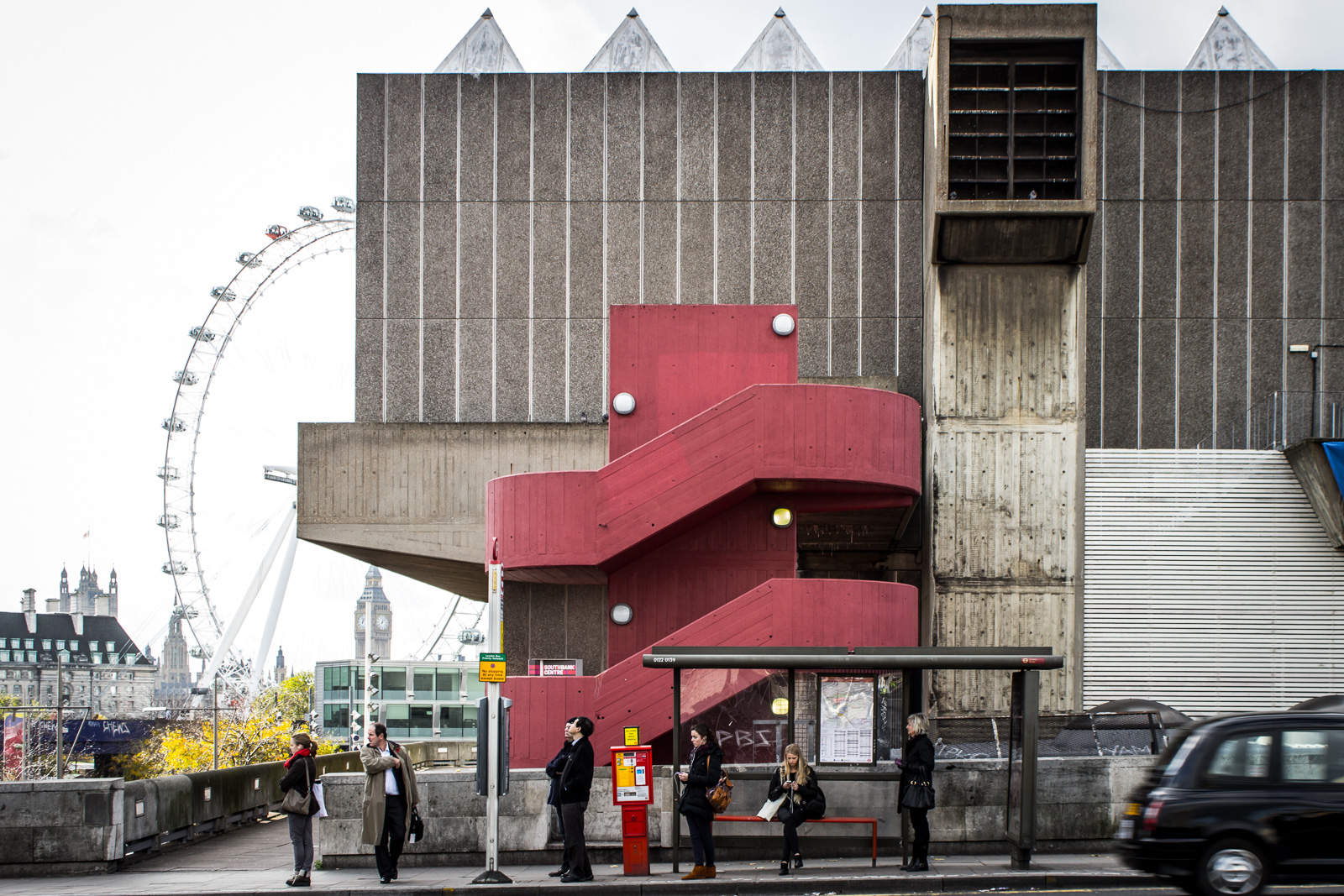 LONDON, Ungeduld am Southbank Center
